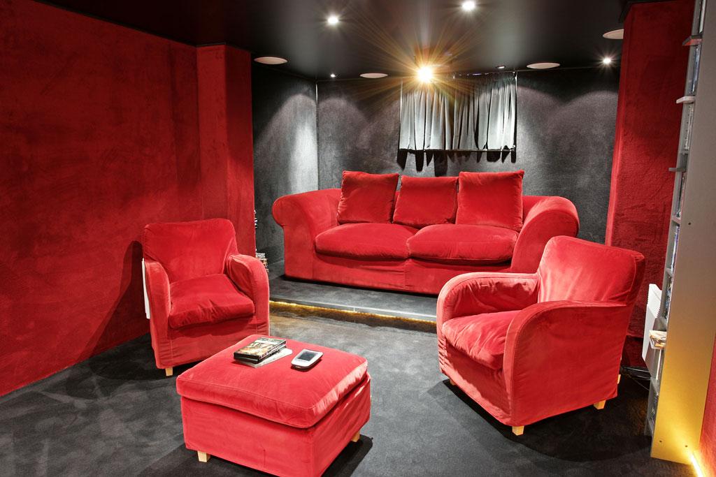 Une Salle De Cinema Privee En Sous Sol Hcfr Mag