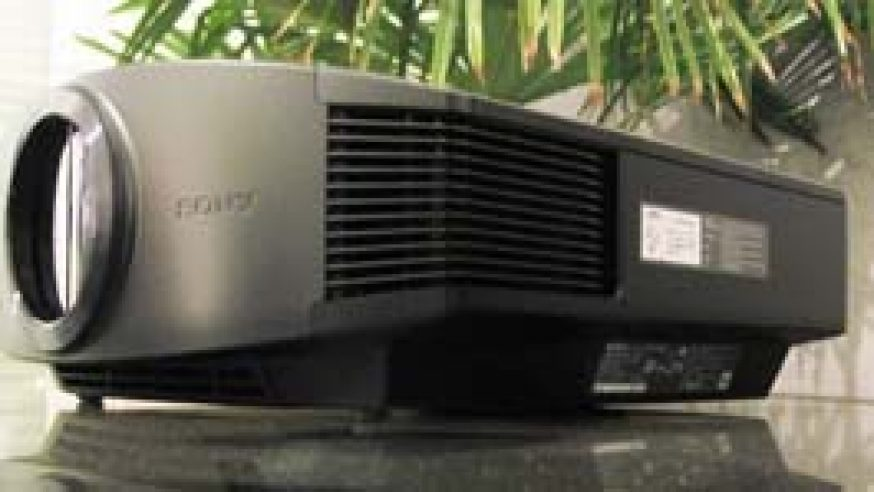 Test Sony VPL-VW90es