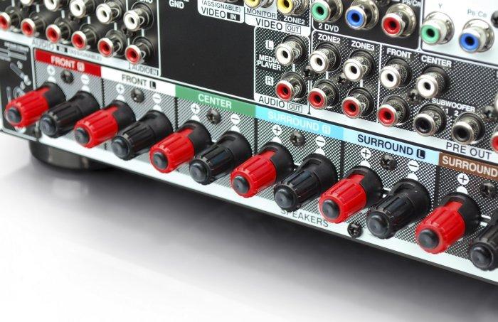 AVR_X4000_back