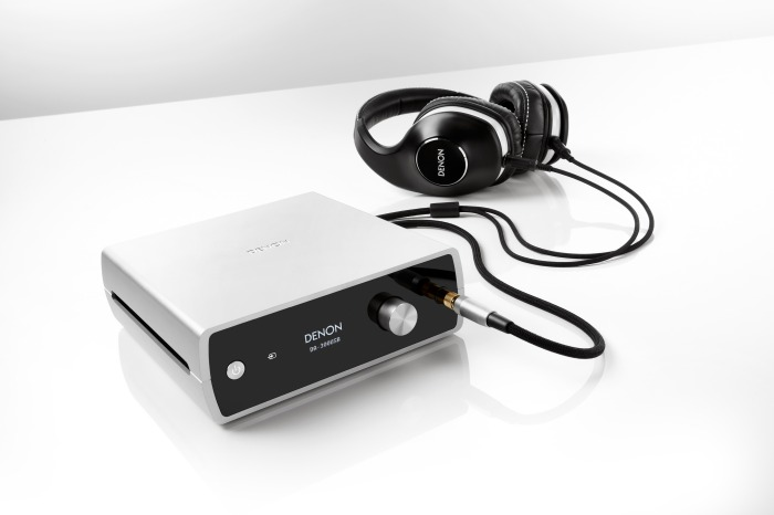 Denon_DA_300USB-at-HP-AH_D600