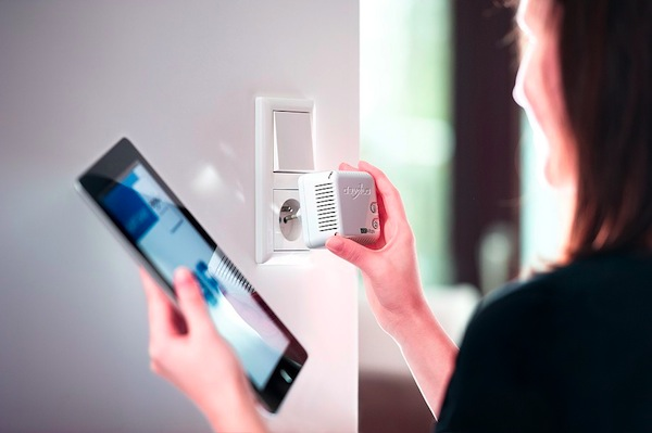 dLAN-500-WiFi-livingroom-xl-1622