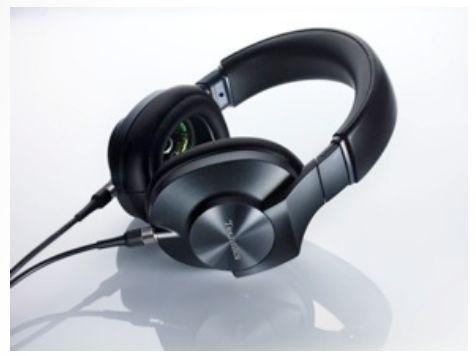 Technics EAH-T700 1