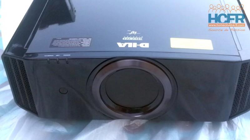 Le JVC DLA-X7900 est arrivé pour Test HCFR : Vidéo Unboxing