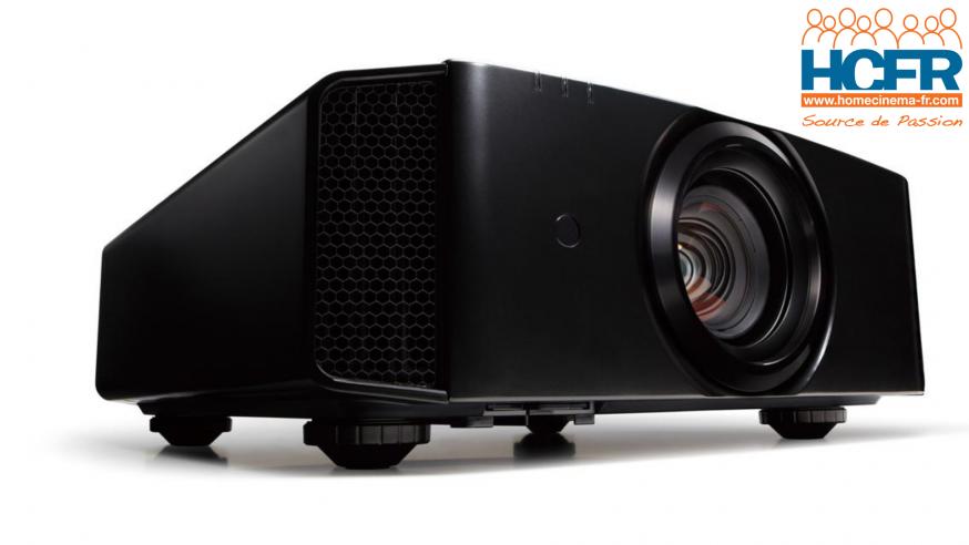 Video HCFR : JVC DLA-X5900, projecteur video e-shift UHD – Unboxing